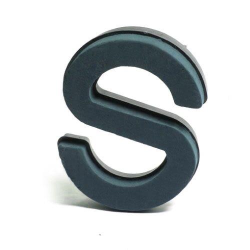 <h4>Steekschuim Basic Letter S 29cm</h4>