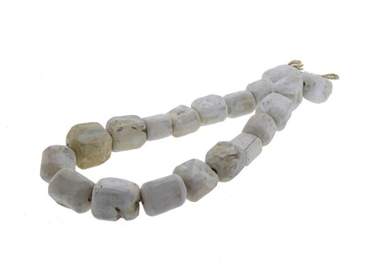 <h4>Stone Wood Garland 100cm White</h4>