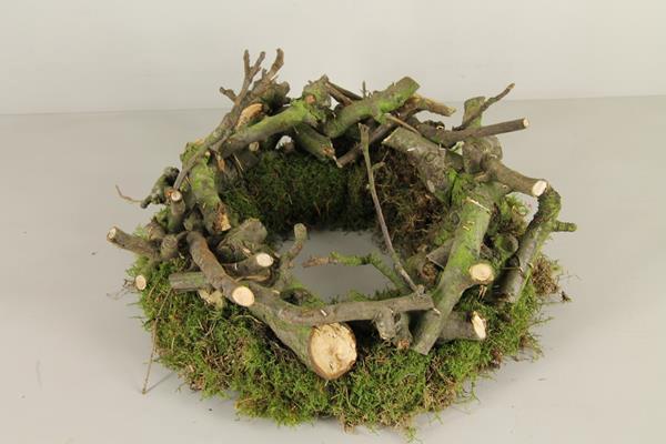 <h4>Wreath Pear Wood / Moss 35cm</h4>