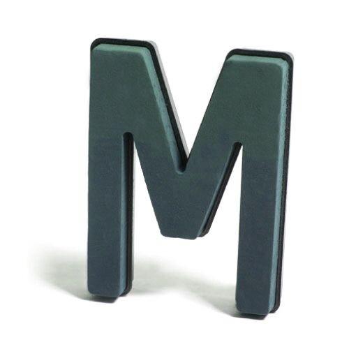 <h4>Steekschuim Basic Letter M 29cm</h4>