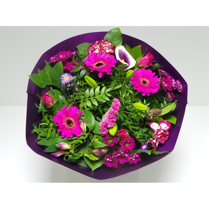 <h4>Bouquet Biedermeier Large Lilac</h4>