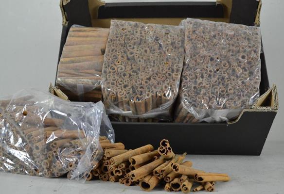 <h4>Cinnamon Stick 8cm Bag (1kg)</h4>