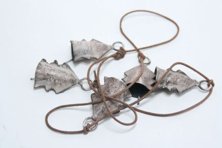 <h4>Garl. Tree Bells&beads L100</h4>