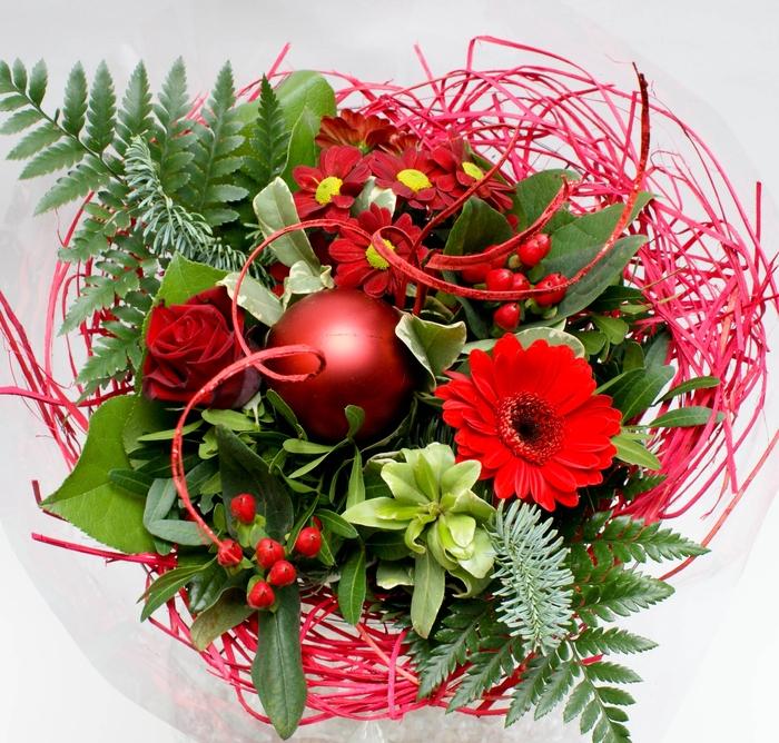 <h4>BOEKET Kerst Woody 1452 rood</h4>