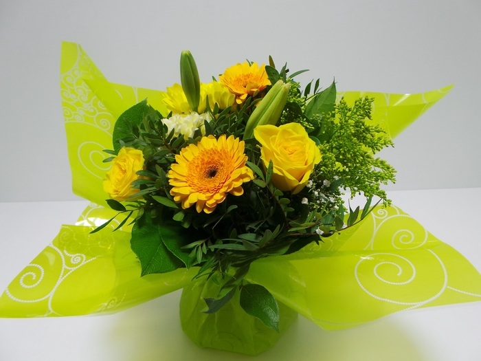 <h4>Bouquet Aqua Small Yellow</h4>