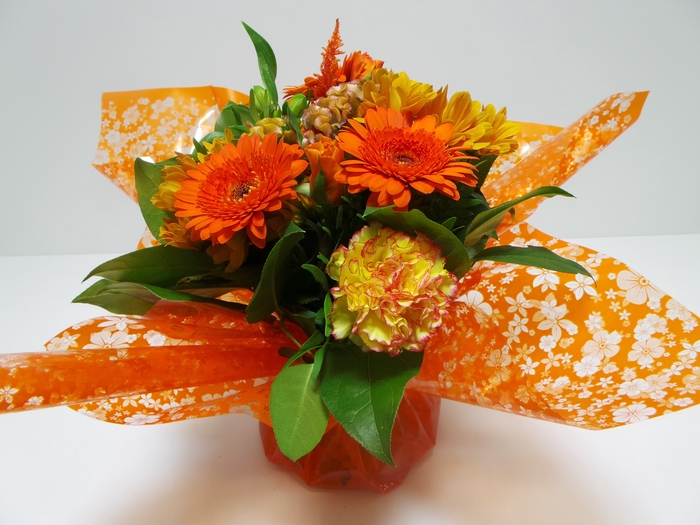 <h4>Bouquet Aqua Medium Orange</h4>