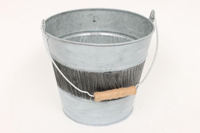 <h4>JC99003 - Zinc bucket wdn handle</h4>