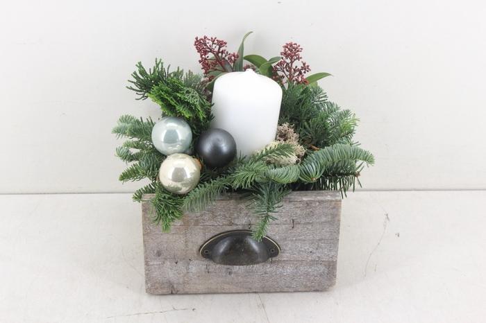 <h4>arr.. Kerst PL - Hout lade wit 4inh.</h4>