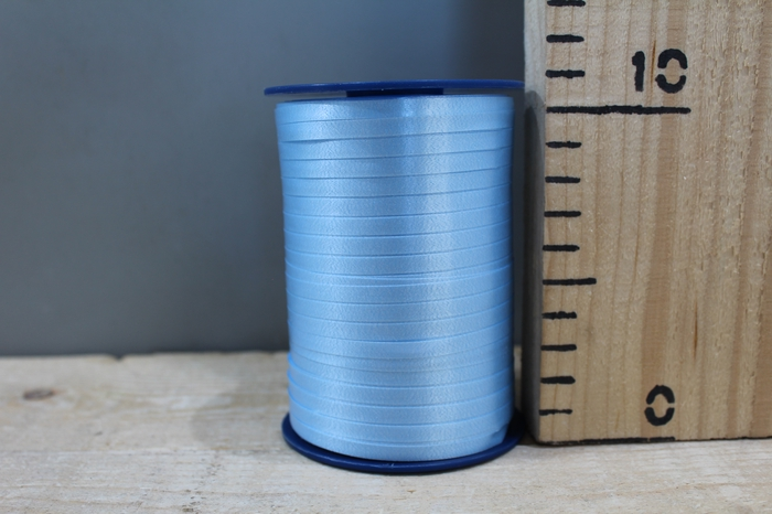 <h4>CURLY RIBBON 5MM X 500M L.BLUE 602</h4>