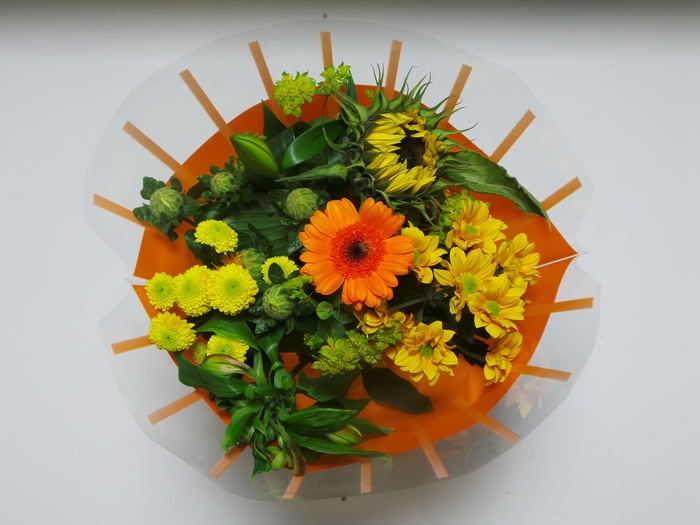 <h4>Bouquet 8 stems Orange</h4>
