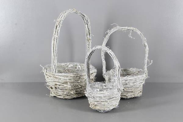 <h4>Basket Rattan Handle S/3 Round</h4>