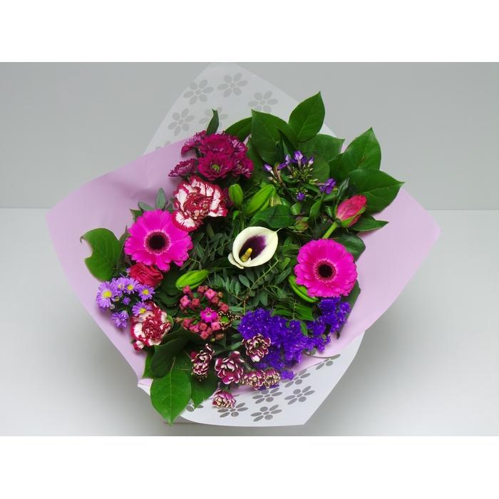 <h4>Bouquet Biedermeier Medium  Lilac</h4>
