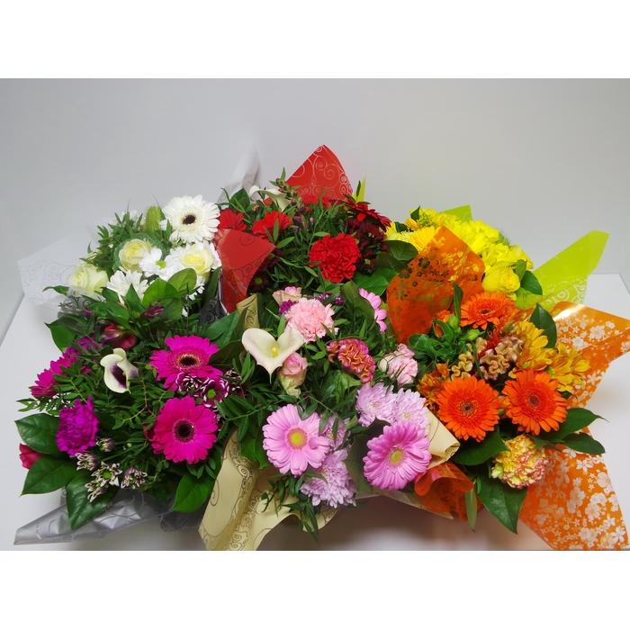 <h4>Bouquet Aqua Medium Mixed</h4>