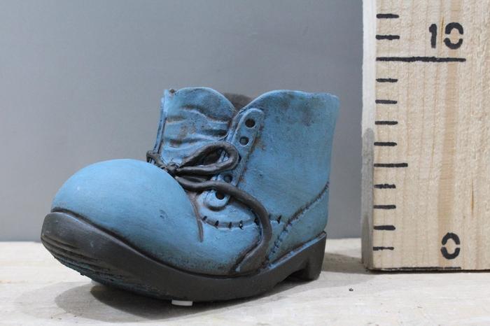 <h4>CEMENT SHOE BLUE H9 D14 FV16019-BLUE</h4>