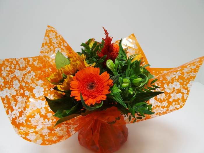<h4>Bouquet Aqua Small Orange</h4>