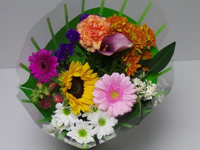 <h4>Bouquet 10 stems Mixed</h4>