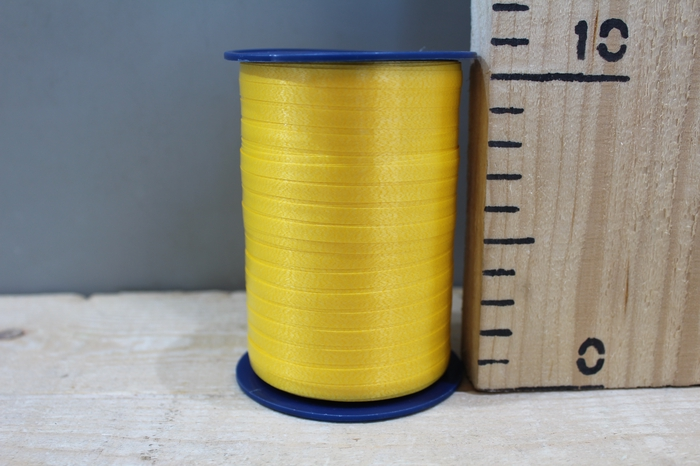 <h4>CURLY RIBBON 5MM X 500M YELLOW 605</h4>