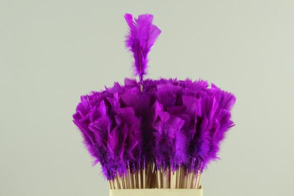 <h4>Stick Feather Lilac</h4>