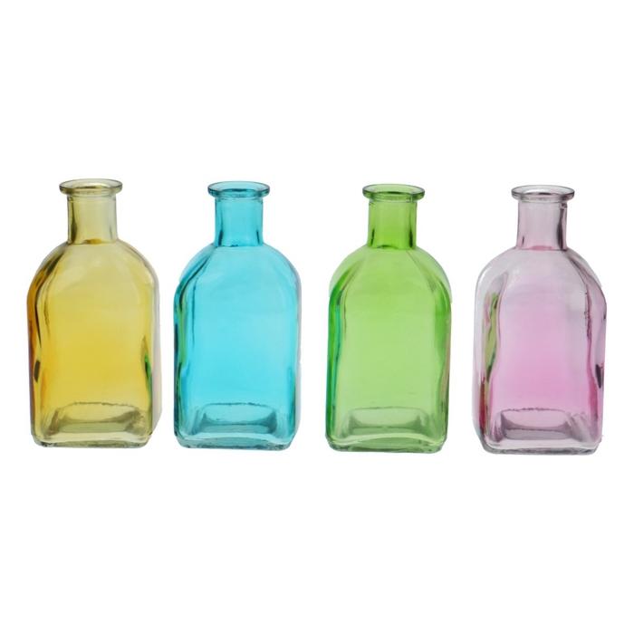 <h4>Glass colour Bottle sq d2/6.5*13cm</h4>