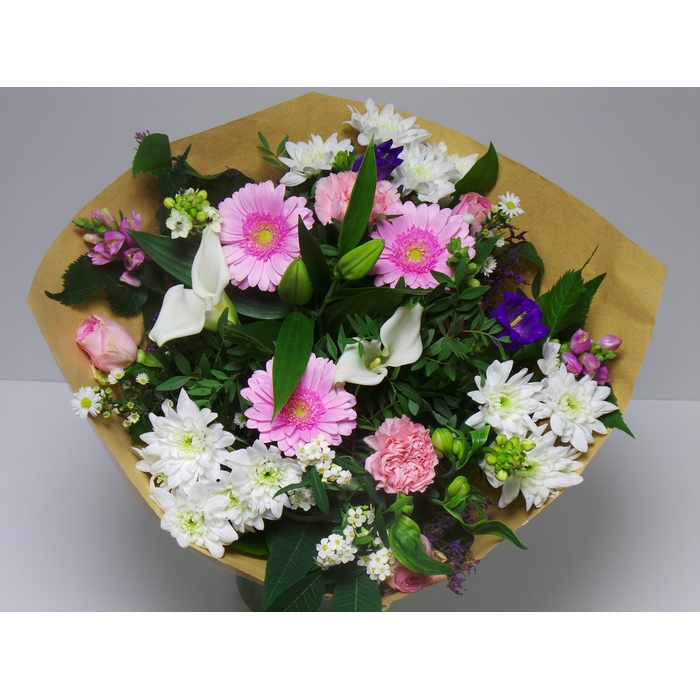 <h4>Bouquet Large White pink</h4>
