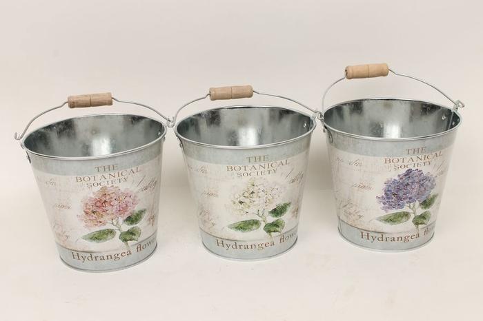 <h4>JC990011 - Zinc bucket Hydrangea mix</h4>