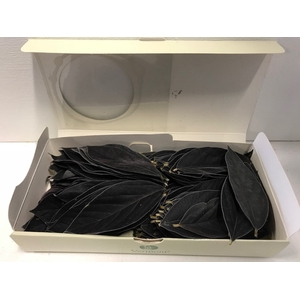 Velvet leaves zwart 150pc