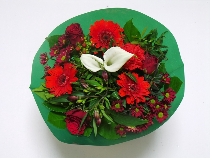 <h4>Bouquet KIM Small Red</h4>
