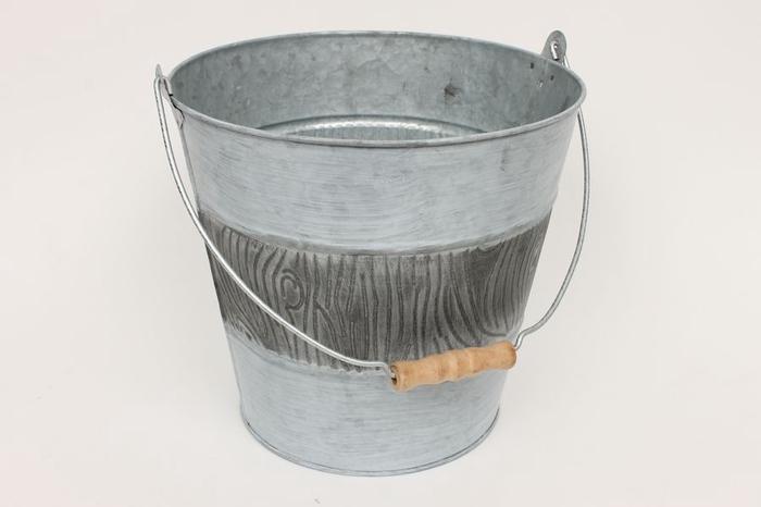 <h4>JC99002 - Zinc bucket wdn handle</h4>