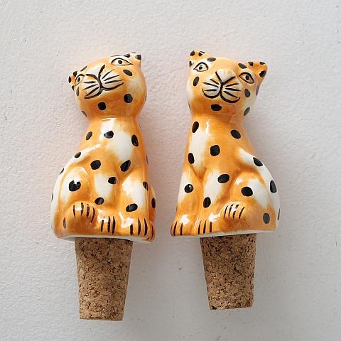 <h4>Bottle cap Gepard, 2 ass., H 10 cm, W 4 cm, Dolomite, Brown dolomite brown</h4>