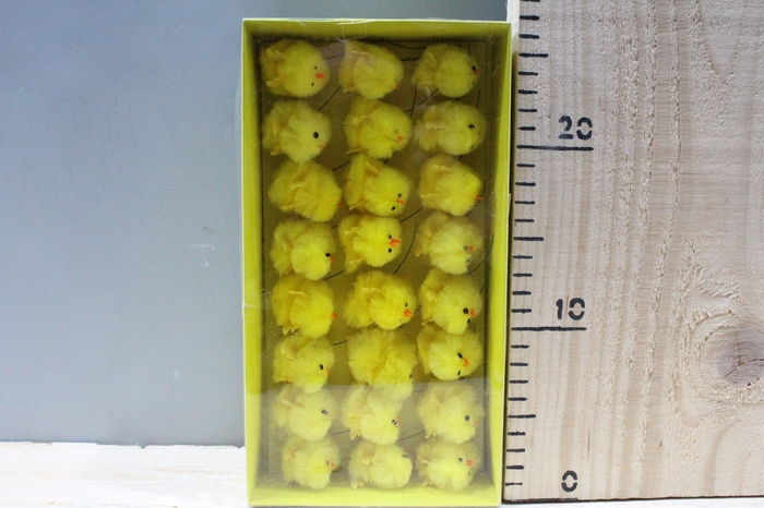 <h4>CHENILE CHICKENS YELLOW H6.5 24PCS 320212</h4>