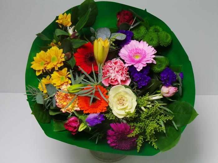 <h4>Bouquet Biedermeier Large Mixed</h4>