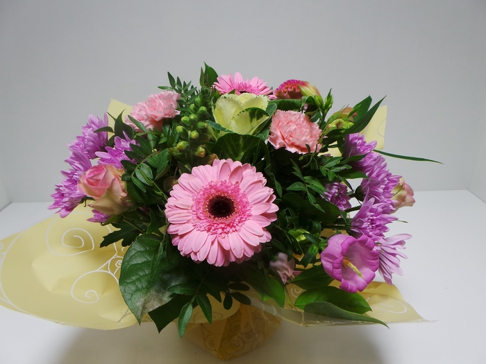 <h4>Bouquet Aqua Large Pink</h4>