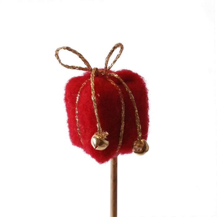 <h4>Christmas sticks 10cm Giftbox Nieve 3cm</h4>
