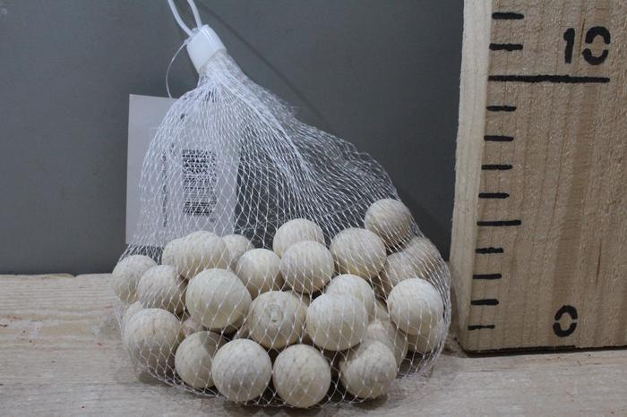 <h4>WOODEN BALLS D2 NATUREL 50PCS 23999</h4>